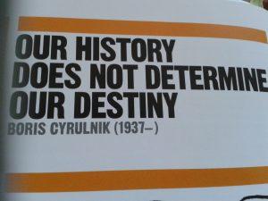 Tarihimiz kaderimizi (geleceğimizi) belirlemez